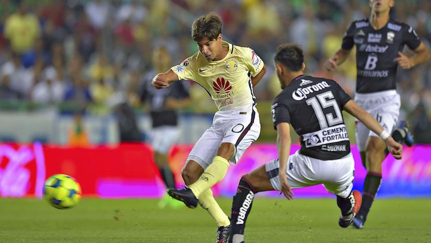 Diego Lainez entre los mejores jugadores jóvenes del mundo