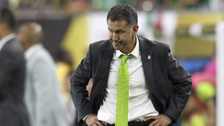 Juan Carlos Osorio y sus ilógicas rotaciones en el Tri