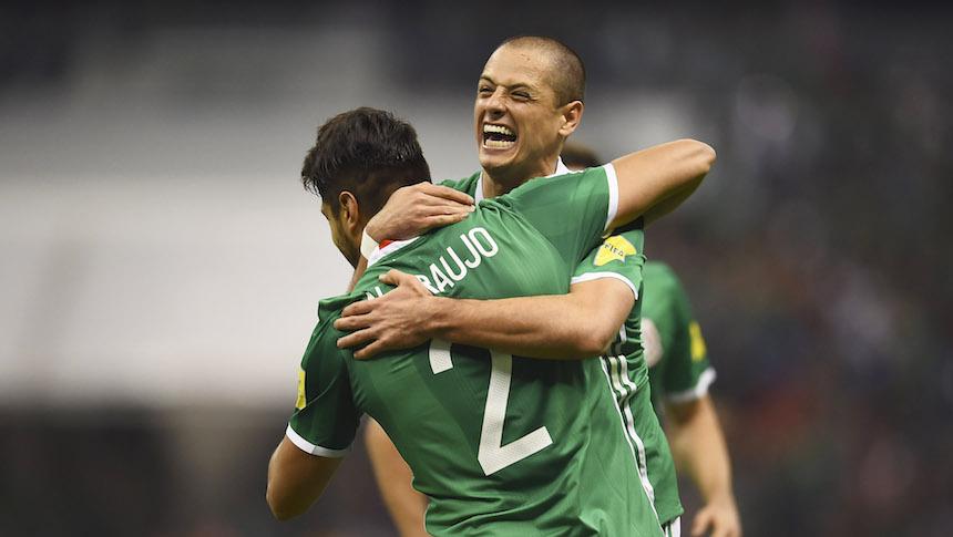 Con récord de Chicharito, México venció a Costa Rica