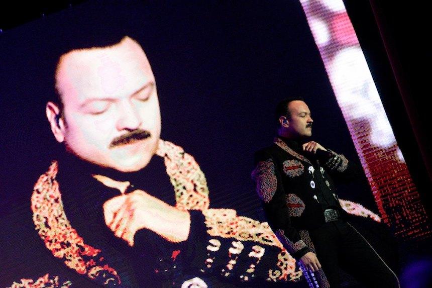 Arrestan a hijo del cantante Pepe Aguilar en Estados Unidos por tráfico de personas