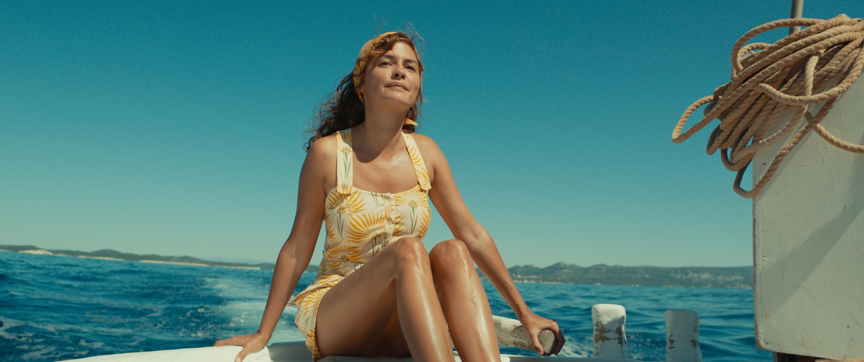 Audrey Tatou como Simone Cousteau