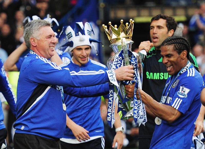 Carlo Ancelotti campeón con el Chelsea