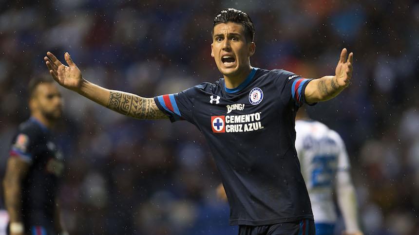 Porque son Cruz Azul, aumentan al triple los boletos contra Chivas
