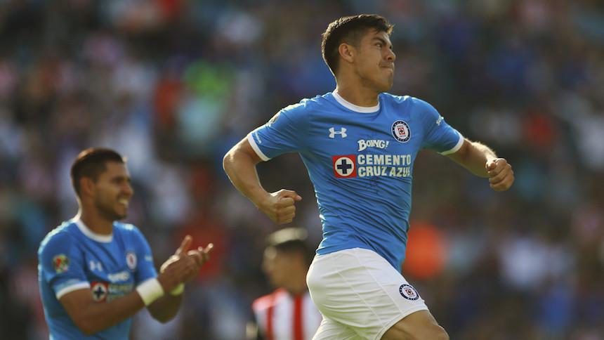 Almeyda festeja un nuevo título en México