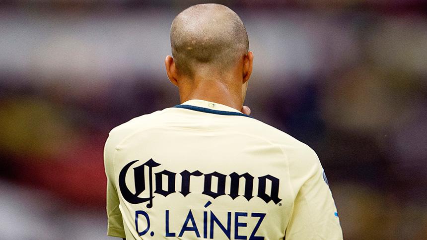 Diego Lainez acapara elogios en España