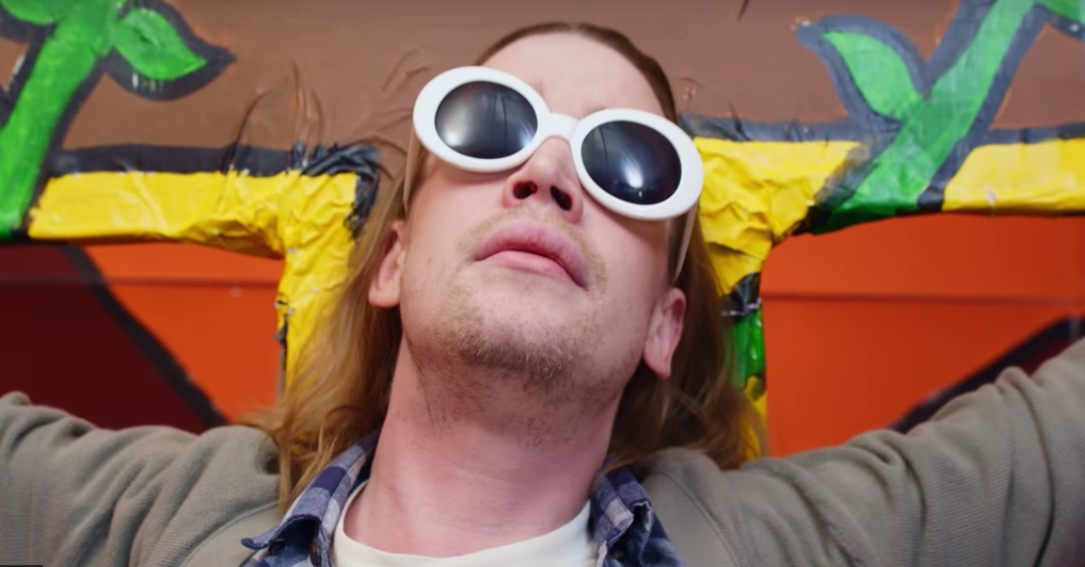 Macaulay Culkin es Kurt Cobain en el nuevo video de Father John Misty
