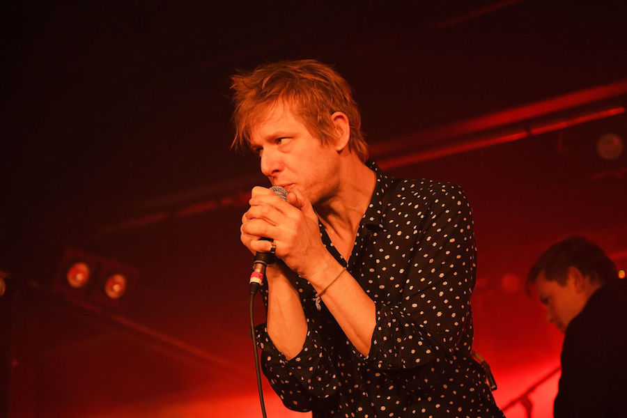 Spoon lleva sus 'Hot Thoughts' al show de Ellen DeGeneres