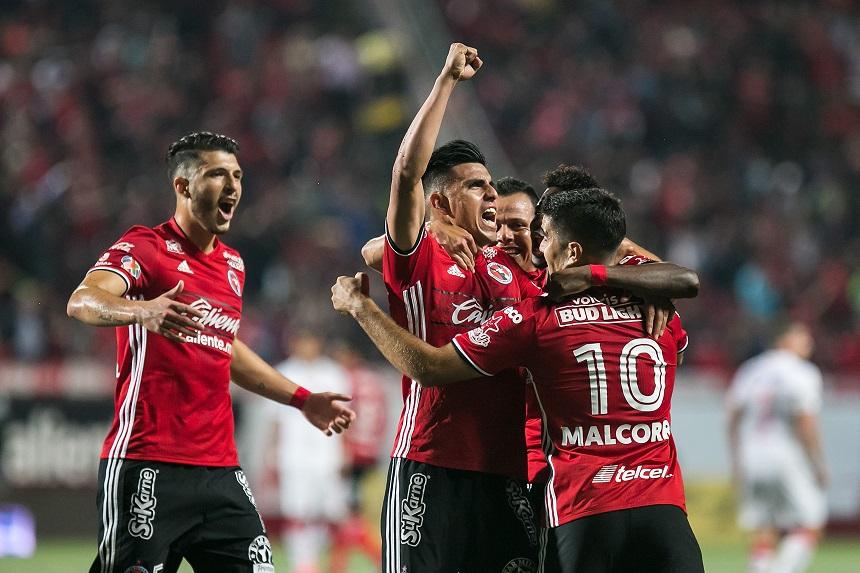Xolos acaba con Toluca y se trepa al liderato