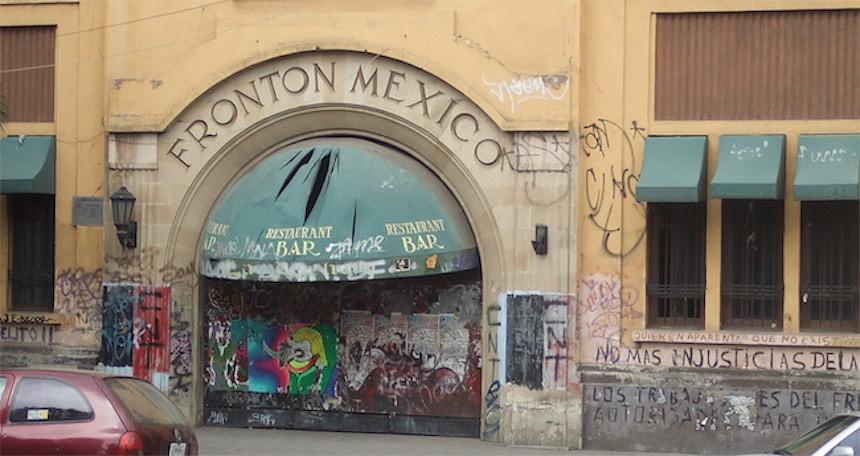 Abandono de Frontón México