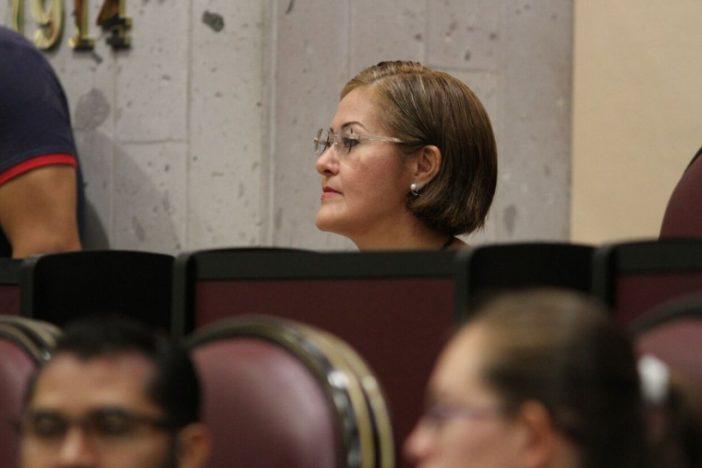 La diputada Eva Cadena