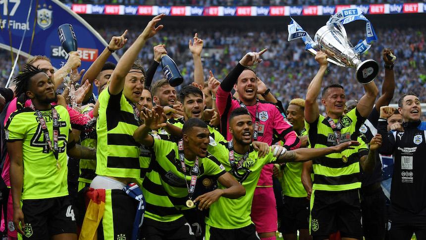 Modesto equipo inglés logra el ascenso a la Premier League