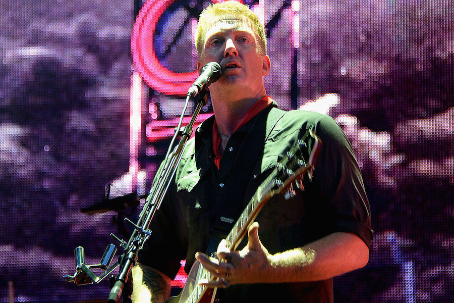 Josh Homme habla del nuevo sonido de QOTSA en su próximo disco