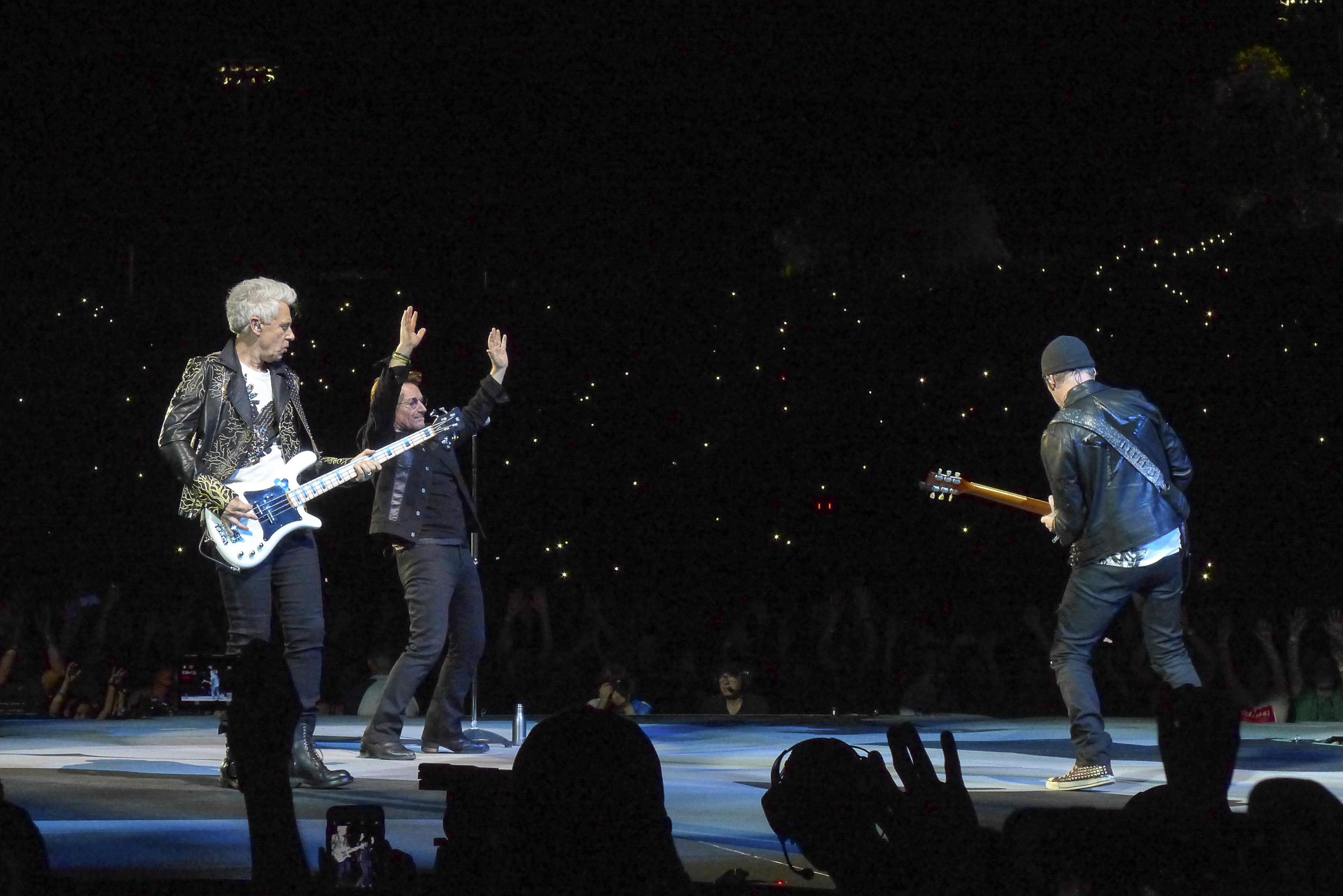 U2 habla sobre el ataque en Manchester con Jimmy Kimmel