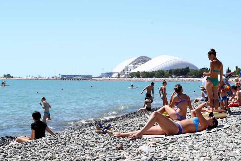Verano en las playas de Sochi