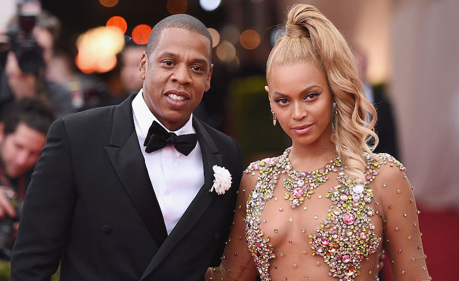Beyoncé da a luz a sus gemelos y a Jay Z le gusta esto
