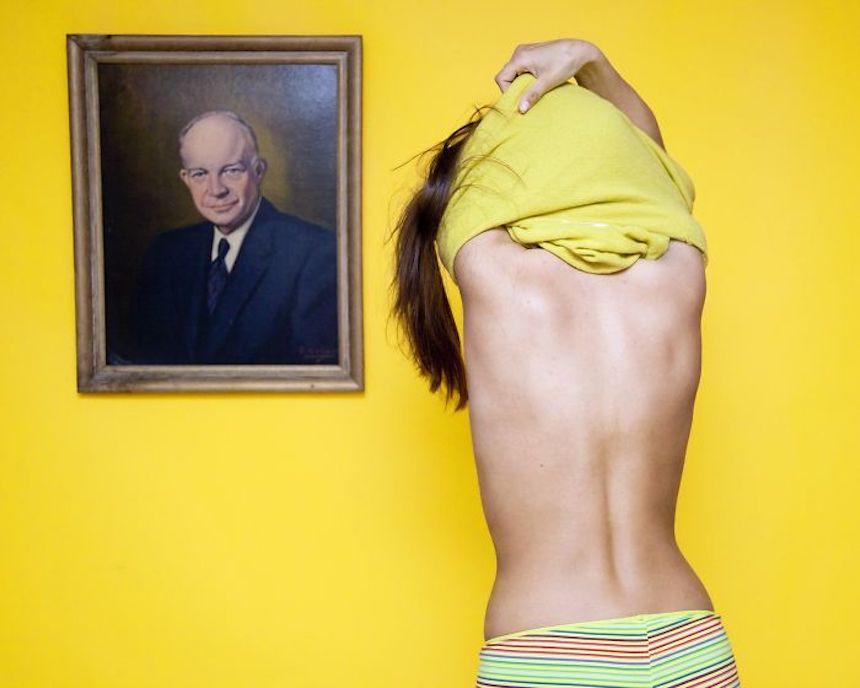 Leyes absurdas - Desnudos