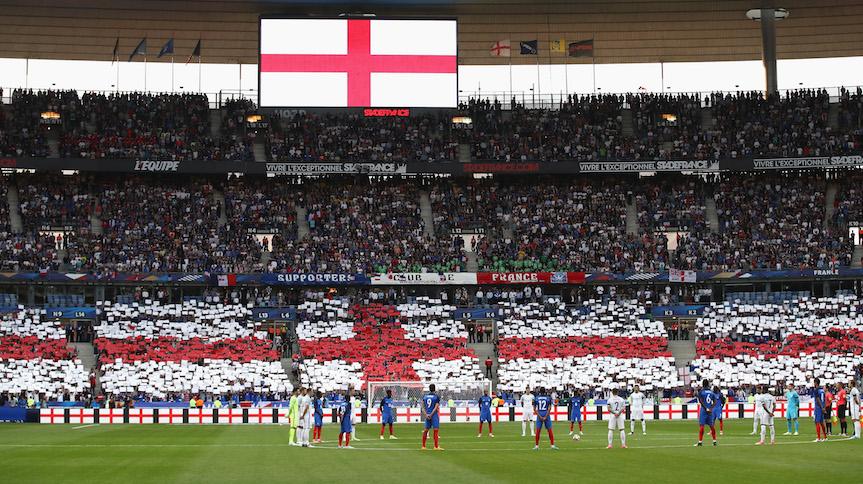 Francia e Inglaterra cantan por las víctimas de Manchester