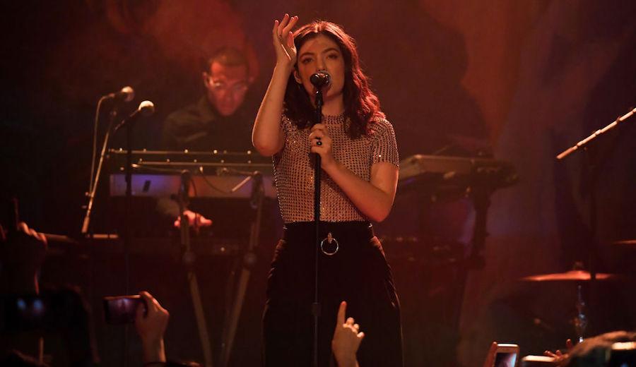 Mira a Lorde tocar su 'Melodrama' por primera vez en vivo
