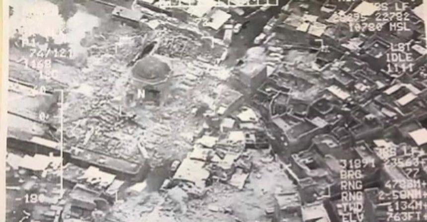 Estado Islámico destruye mezquita emblemática de Mosul