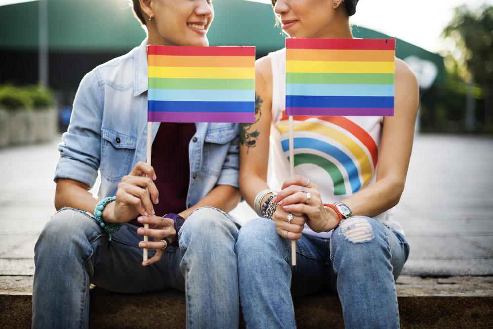 Lesbiana joven hace el tubo de amor