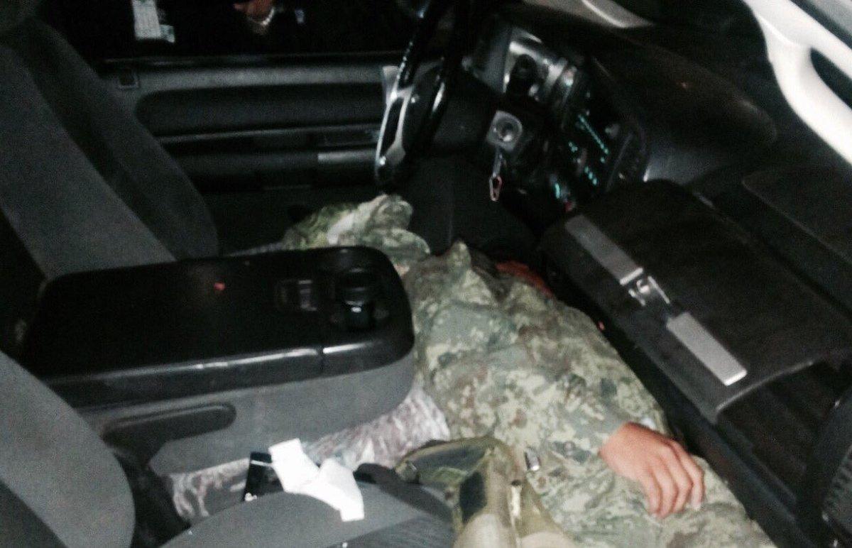 Soldado asesina a teniente en Valle de Chalco