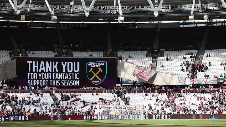 West Ham: El club que le canta a sus fracasos con burbujas de jabón