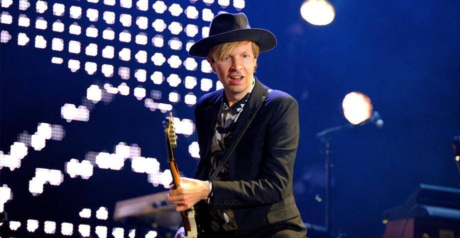 Guess who's back?! ¡El nuevo álbum de Beck saldrá en octubre!