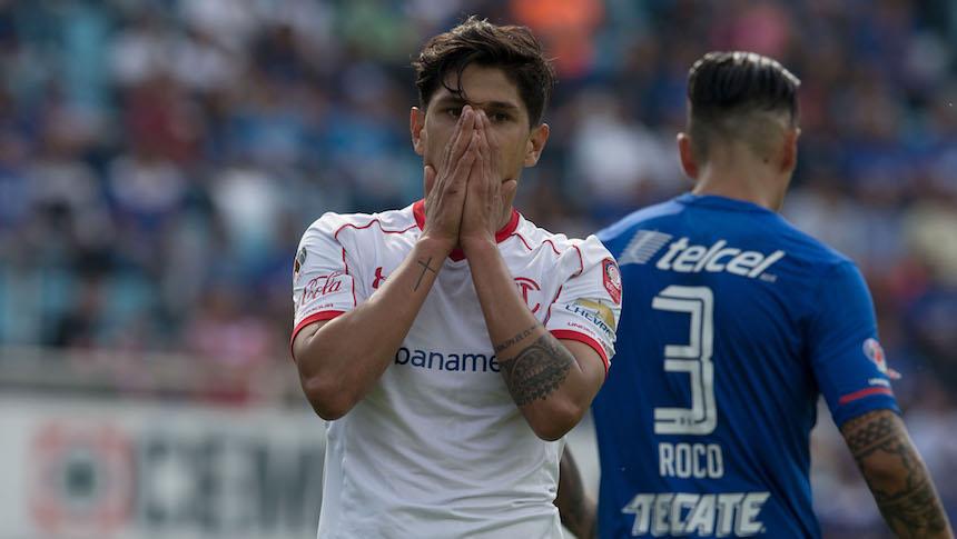 Cruz Azul y Toluca empatan sin goles en el peor partido de la jornada