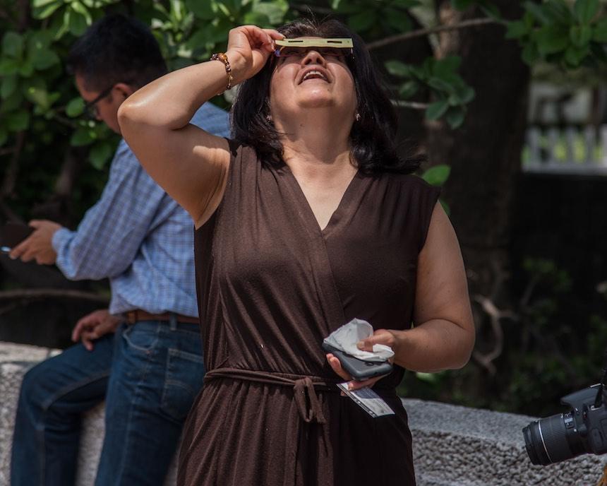 Delegación Benito Juárez - Lentes para el eclipse