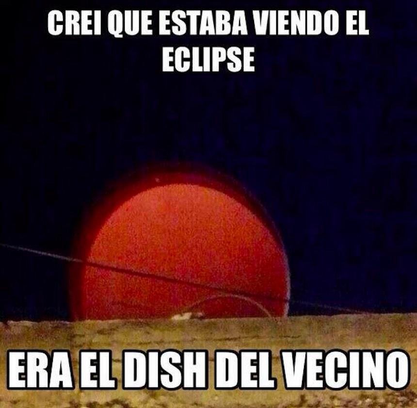 Memes del eclipse - Dish