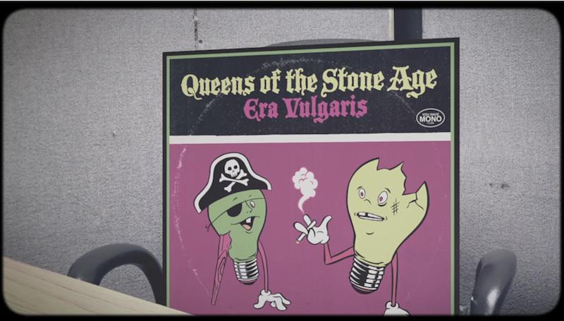 Los discos de QOTSA revelan su opinión sobre 'Villains' en este sketch