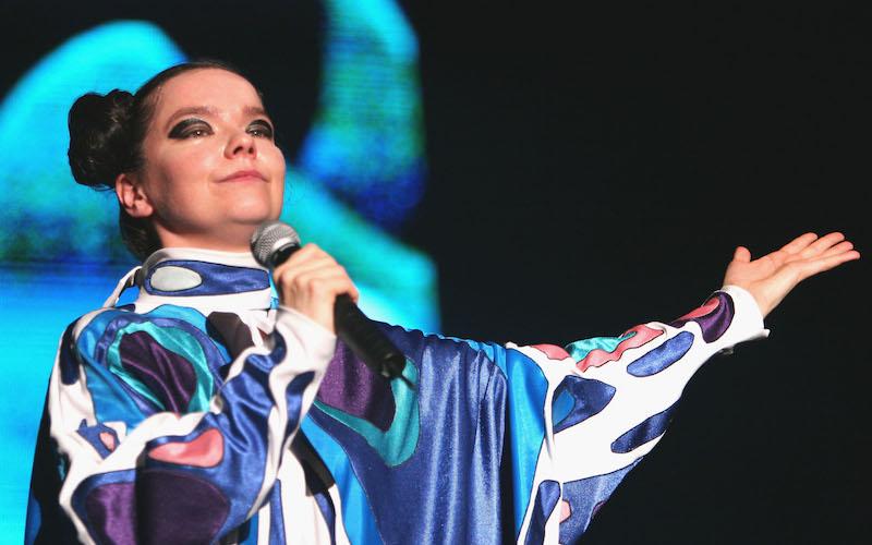 """Björk anuncia la fecha de estreno de su nuevo sencillo """"The Gate"""""""
