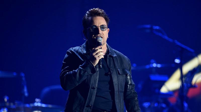 Fuerza México: Bono rinde tributo a nuestro país durante concierto