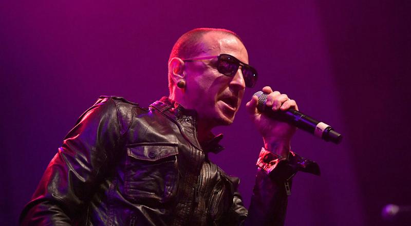 Korn, System of a Down y más en el show tributo a Chester Bennington