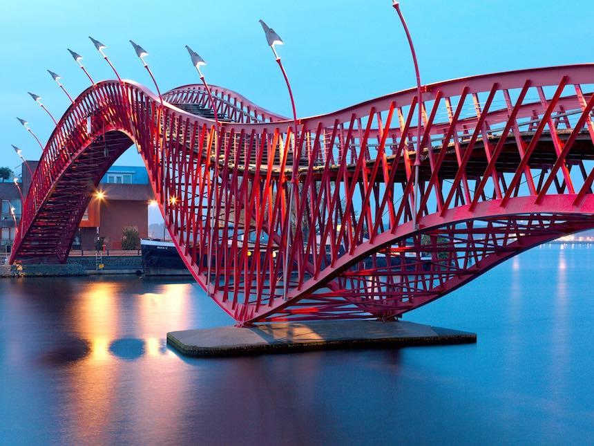 Los puentes más bellos - Puente Python