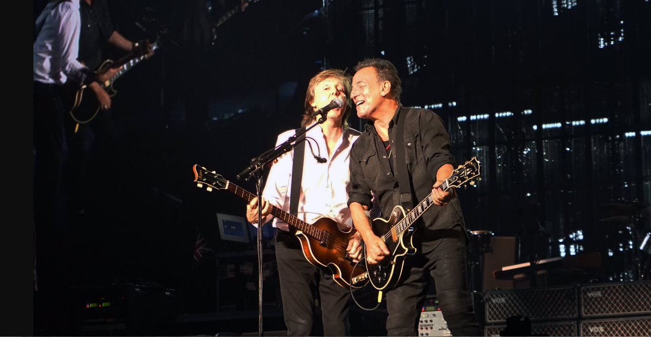 Paul McCartney y Bruce Springsteen se unen para un cover a The Beatles