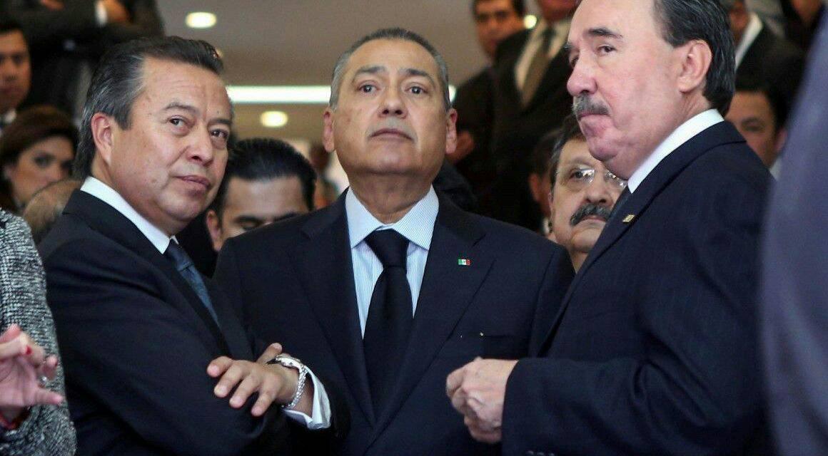 Los coordinadores del Pri en el Senado y Cámara de Diputados, Emilio Gamboa y César Camacho + Manlio Fabio Beltrones