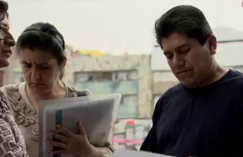 Roban tarjeta a víctima del sismo y gastan sus ahorros