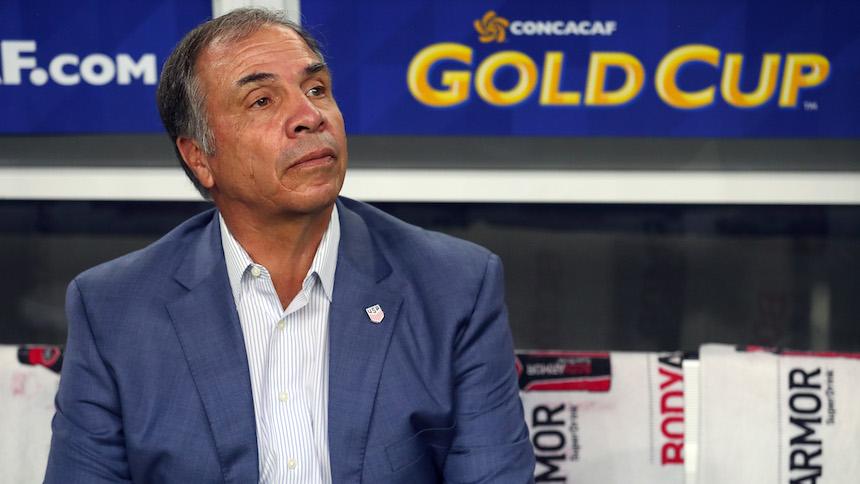 Bruce Arenas renuncia a la Selección de Estados Unidos