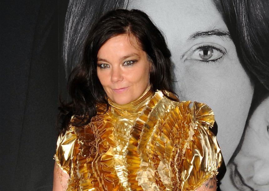 Björk revela haber sido acosada por un director de cine