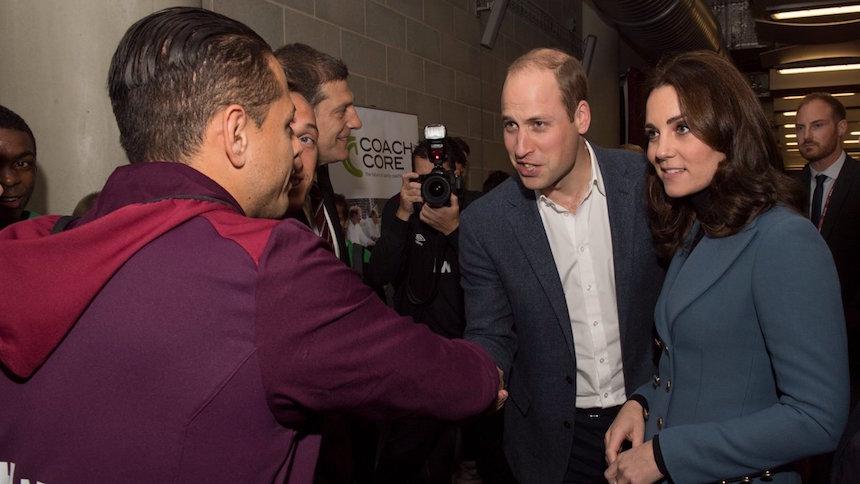 Cuando el Príncipe William tuvo el gusto de conocer a Chicharito