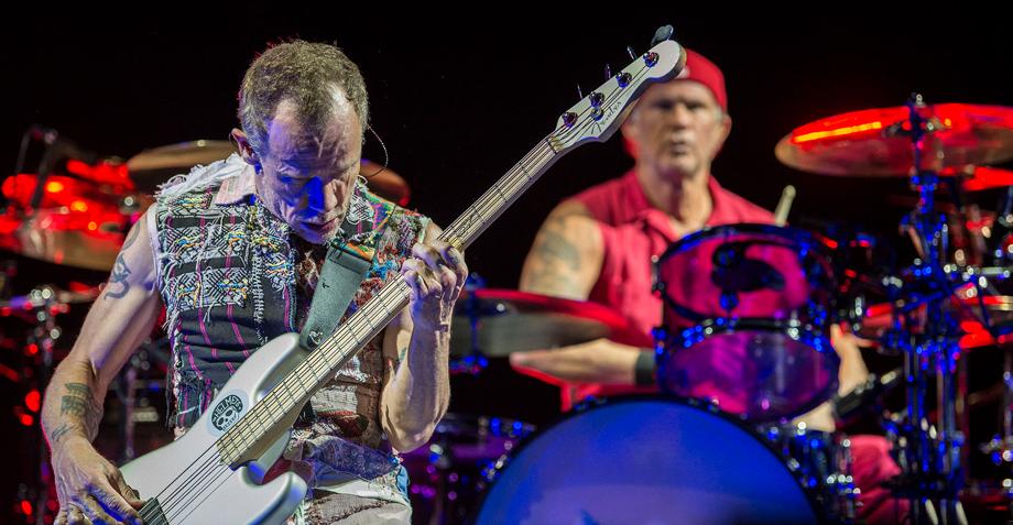 Red Hot Chili Peppers rindieron un emotivo homenaje a los héroes del 19 de septiembre