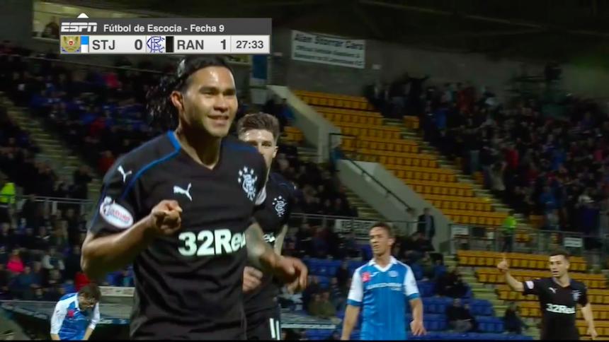 Doblete del Gullit Peña le da la victoria al Rangers de Glasgow