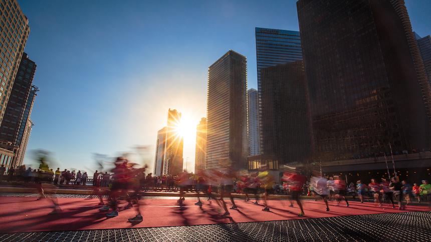 ¡Tristísimo! Graban a medallista mexicano dando consejos para hacer trampa en el Maratón de Chicago