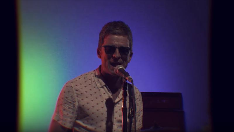 """Noel Gallagher se pone psicodélico en el video oficial de """"Holy Mountain"""""""