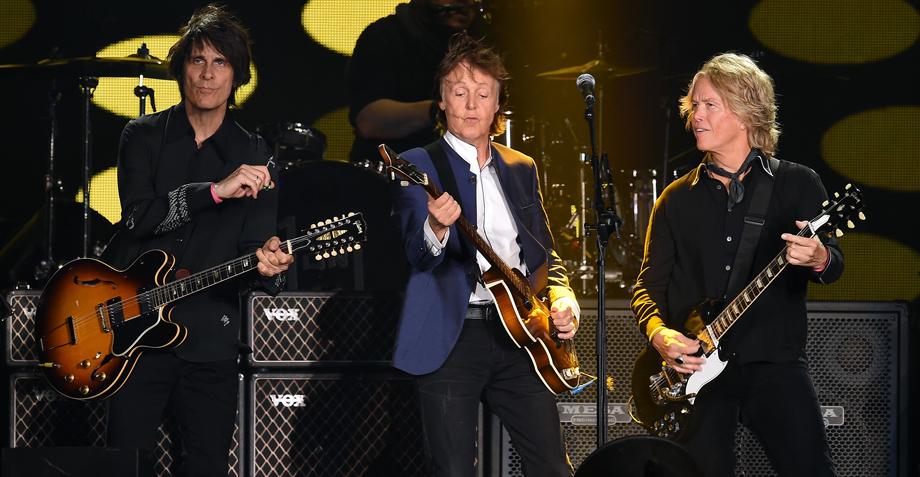 Here comes Sir Paul: 😱 ¡Te llevamos al soundcheck de Paul McCartney!