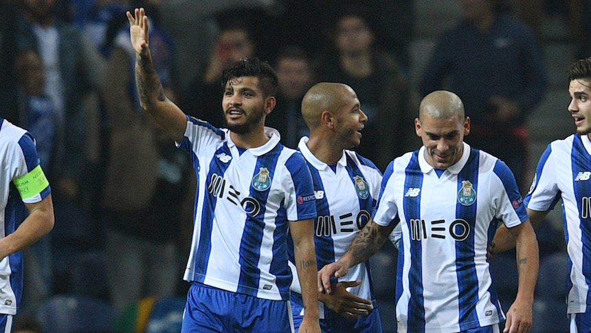 Checa el gol del Tecatito Corona en la goleada del Porto