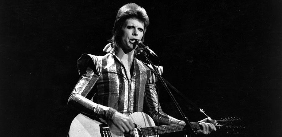 La letra original de 'Starman' de David Bowie ha sido revelada...