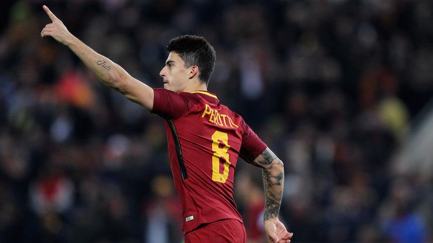 Perotti abrió el camino de la Roma en el clásico ante Lazio