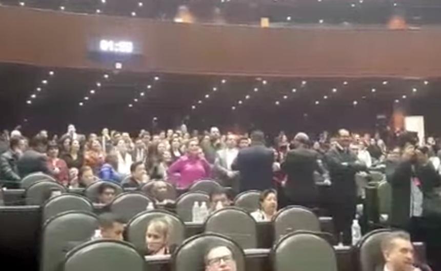 Morena exige disculpas por grito ¡eh, puto! PRI lo niega